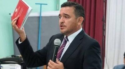 HOY / Vocero de la Presidencia desmiente ofrecimiento para ir al MEC