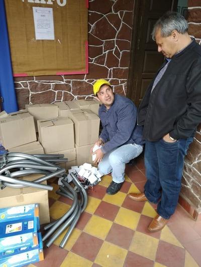 Municipalidad de Itacurubí trabaja por una mejor iluminación en la ciudad