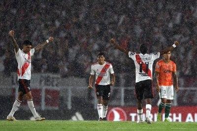 Una vez más, Robert Rojas es gran figura en el triunfo de River Plate