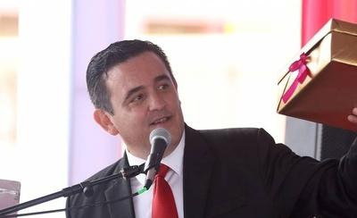 HOY / Petta reconoce error y ordena aplazar entrega de MaPara: Fenaes pide su cabeza