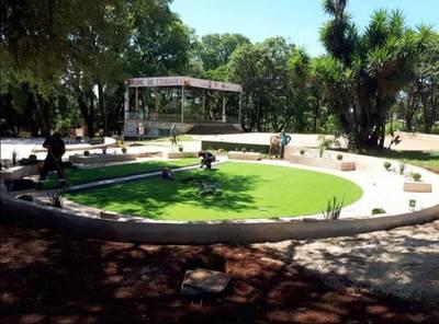 Avanzan obras del parque infantil inclusivo en Presidente Franco