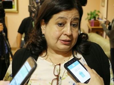 Senadora observa una 'falta de liderazgo fuerte' del Ministerio de Salud en el combate al dengue