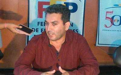 """Desde la Federación de Educadores del Paraguay no creen en el """"arrepentimiento"""" de Petta"""