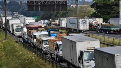 Brasil: Camioneros preparan huelga nacional