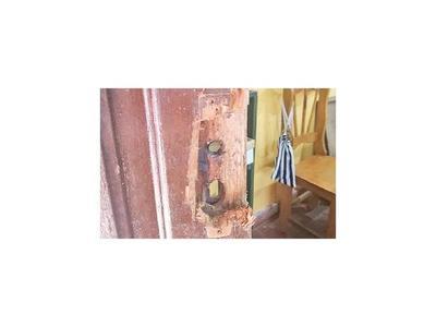 Desconocidos roban a  escuelita de  Villarrica