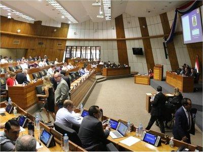 """Ley de financiamiento político es una """"herramienta necesaria"""", afirman desde TSJE"""