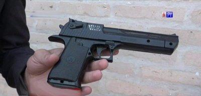 Asaltaba con un arma de juguete