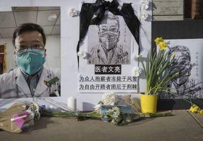 Muere el director de hospital de ciudad epicentro del coronavirus en China