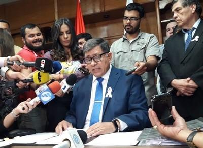 Presentan nueva denuncia contra administradores de la comuna lambareña