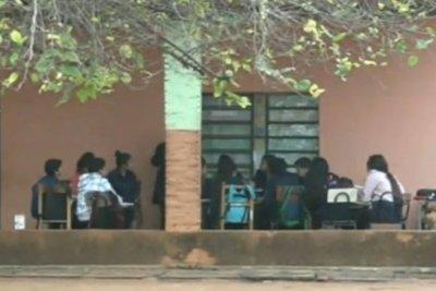 """Viceministro dice que clases iniciarán el 21, pero estarán """"atentos a sugerencias"""""""