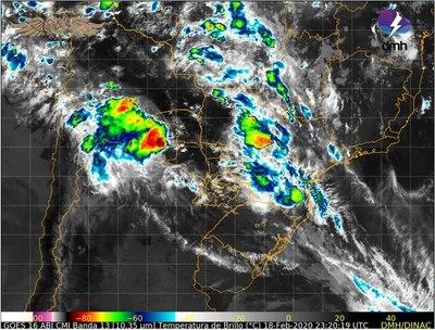 Alerta de tormentas afecta a Boquerón