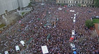 Tras la multitudinaria marcha para pedir justicia por Fernando Báez Sosa, los ocho rugbiers serán indagados