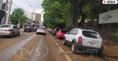 PMT multará a las personas que estacionen frente a instituciones educativas