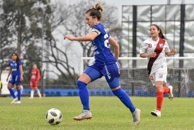 Jéssica Santacruz es transferida y jugará en Europa