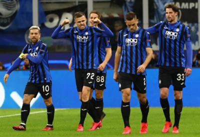 Atalanta golea a Valencia y mira con optimismo los cuartos de final