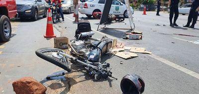 Motociclista muere y otro queda gravemente herido