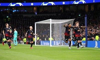 RB Leipzig da un golpazo en Londres al Tottenham de 'Mou'