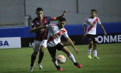 HOY / River Plate vence a Cerro y lo deja casi fuera de la Libertadores