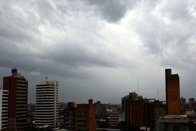 Prevén lluvia y tormentas durante gran parte del día