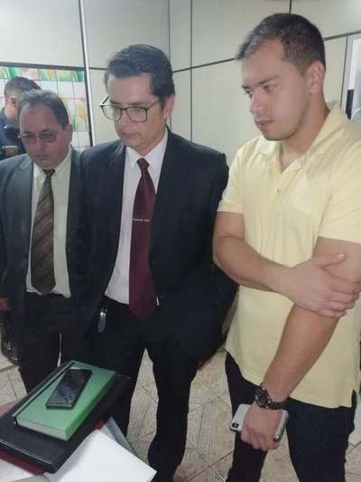 Intendente de CDE denuncia a exfuncionario por adulteración de datos
