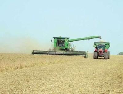 Paraguay: La agroganadería produce alimentos para 80 millones de personas, emitiendo solo el 0,1% de CO2 a nivel mundial.