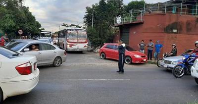 Presunto asaltante muere atropellado en Loma Pytá
