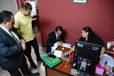 Prieto denuncia alteración de datos informáticos ante la Fiscalía