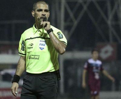 El árbitro del super