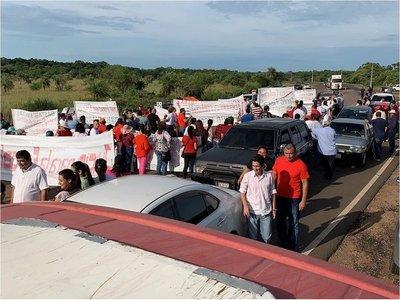 Dictan prisión domiciliaria a dos simpatizantes de Miguel Cuevas