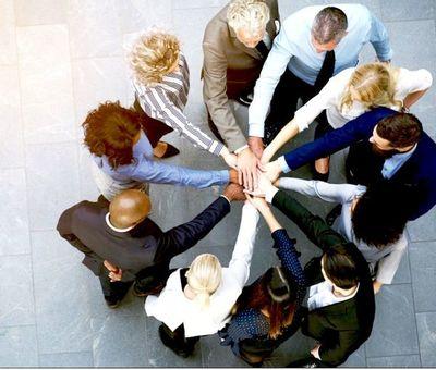 Por qué los líderes incluyentes son buenos para las organizaciones, y cómo convertirse en uno