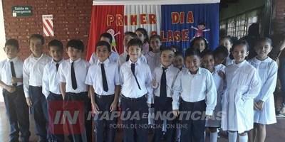 BULLICIOSO PRIMER DÍA DE CLASES EN LAS ESCUELAS DE ITAPÚA