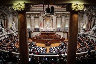 Portugal da un primer paso hacia la legalización de la eutanasia