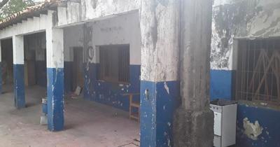 Unas 158 instituciones educativas públicas inician clases en pésimo estado