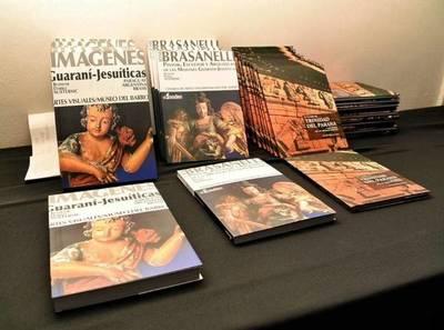 SE PRESENTÓ EL LIBRO LA HISTORIA DEL ARTE DE LAS MISIONES JESUÍTICAS GUARANÍES EN LA GOBERNACION DE ITAPÚA