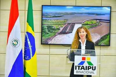 Experta en derecho internacional es la nueva consejera de Itaipu