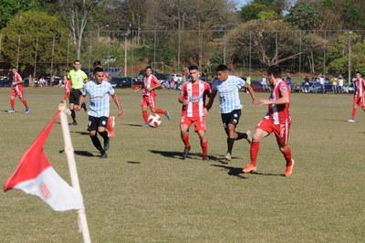 R.I.3 Corrales rescató un empate ante Guireña
