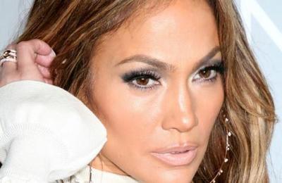 El look de 9 millones de dólares de Jennifer Lopez en los SAG Awards