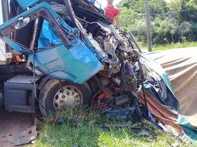 Grave accidente en Cnel Oviedo: 1 fallecido