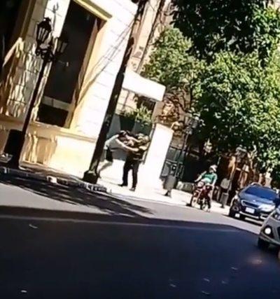 PMT pide informes sobre enfrentamiento entre agente y conductor en pleno centro capitalino