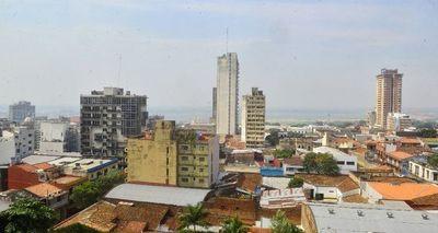 Humareda en Asunción tras incendios en el Sur