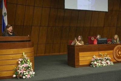 """HOY / Dra. Ana Riquelme, Presidenta de Fecopar, sobre el acto conmemorativo por el """"Día de la Mujer"""" en el Congreso Nacional"""