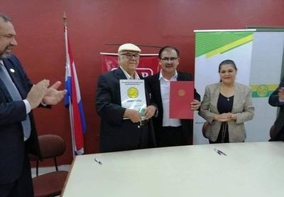 HOY / Corina Martínez, sobre la firma de convenio entre la Cooperativa Ñemby y la Universidad Politécnica y Artística del Py
