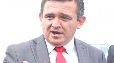 MEC se desentiende de millonario contrato de aulas prefabricadas