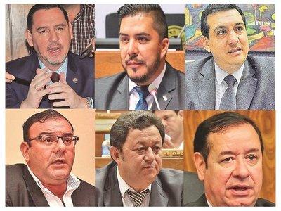 Varios políticos investigados por la Justicia siguen en el Parlamento