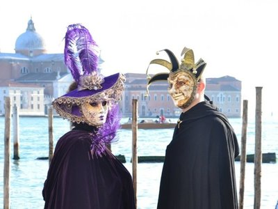 Cancelan carnaval de Venecia por temor a propagación del coronavirus