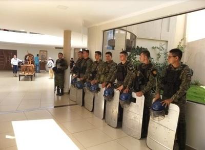 Con fuerte custodia policial se realizará sesión de la Junta de PJC