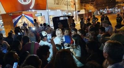 Acusan a Payo de liderar turba que atacó negocio de familia Urbieta en Concepción