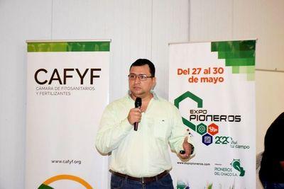 Cafyf insta al uso seguro de los agroquímicos en cultivos