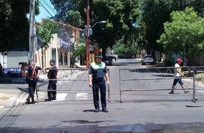 """HOY / """"Nenecho"""" lamenta abandono policial en caza de cuidacoches"""