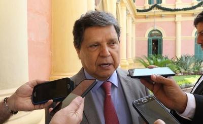 """HOY / Ministro fustiga a la """"tuticracia"""" asuncena y asegura que la policía no actuará sin orden judicial"""